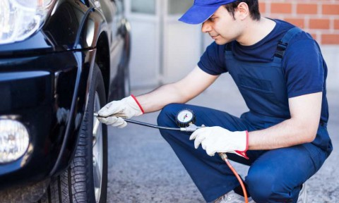 CAR TYRE INFLATOR: NOT JUST ANOTHER ACCESSORY BUT A 24X7COMPANION FOR YOUR CAR.